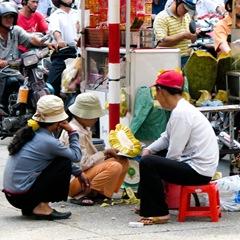 080128-jackfruit-vendors