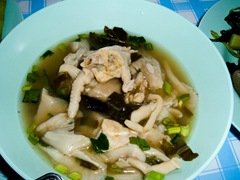 060103-chicken-feet-soup